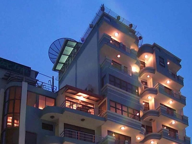 Отель на Мале